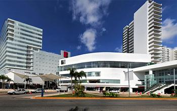 Malecon Americas Cancun