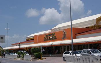 Fiea Market Coral Negro